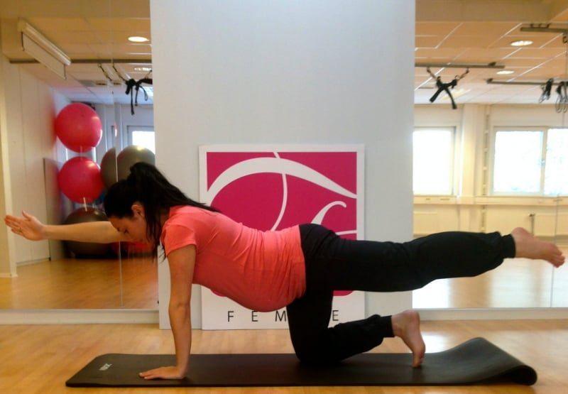 Gravid og ryggplager: Hva kan jeg gjøre selv?